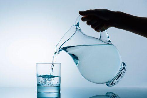 למה חשוב לשתות מים?